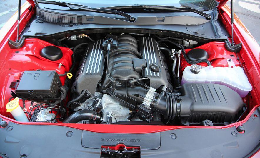 2015 Dodge Charger R/T Scat Packs - Slide 35