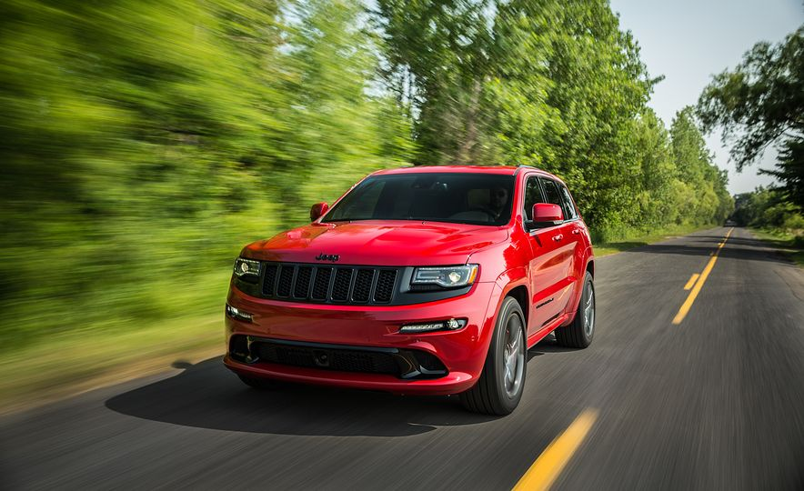 2016 Jeep Grand Cherokee SRT Night Edition - Slide 14