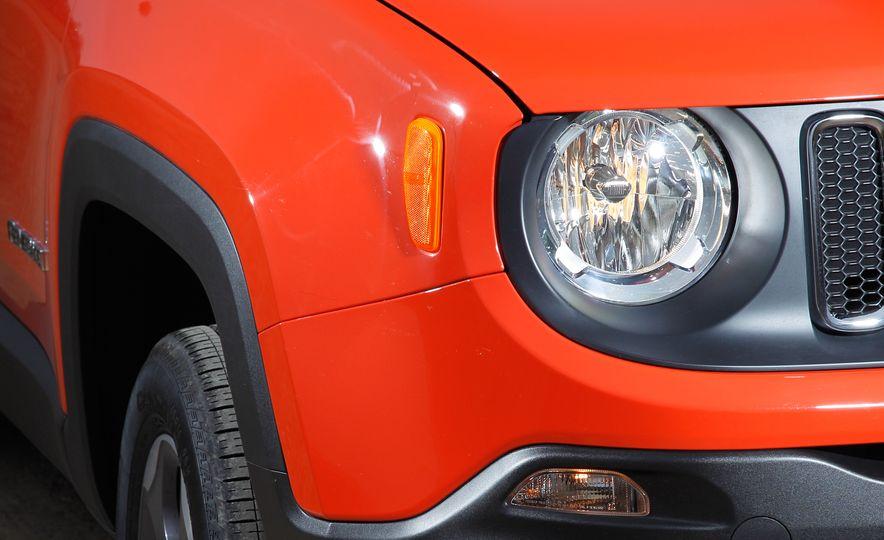 2015 Jeep Renegade 1.4T AWD - Slide 14