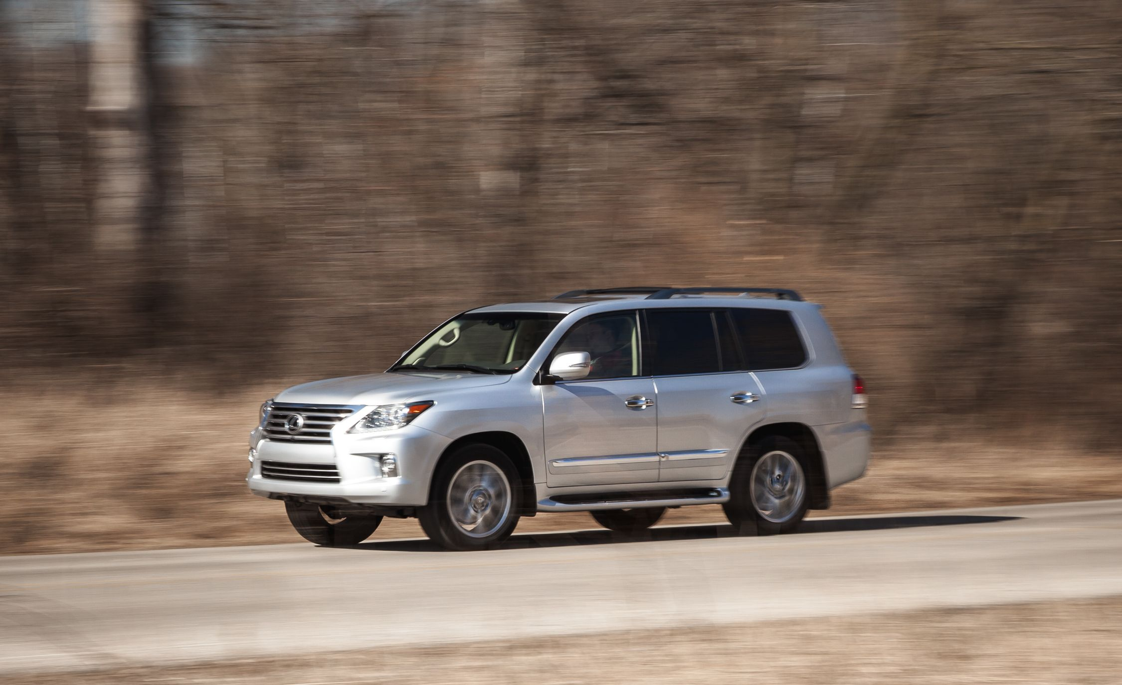 2015 lexus lx570 pictures | photo gallery | car and driver