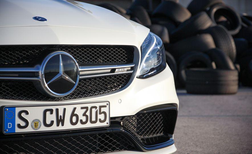2015 Mercedes-AMG C63 - Slide 10