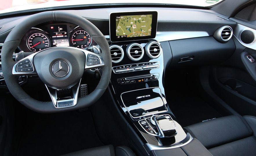2015 Mercedes-AMG C63 - Slide 22