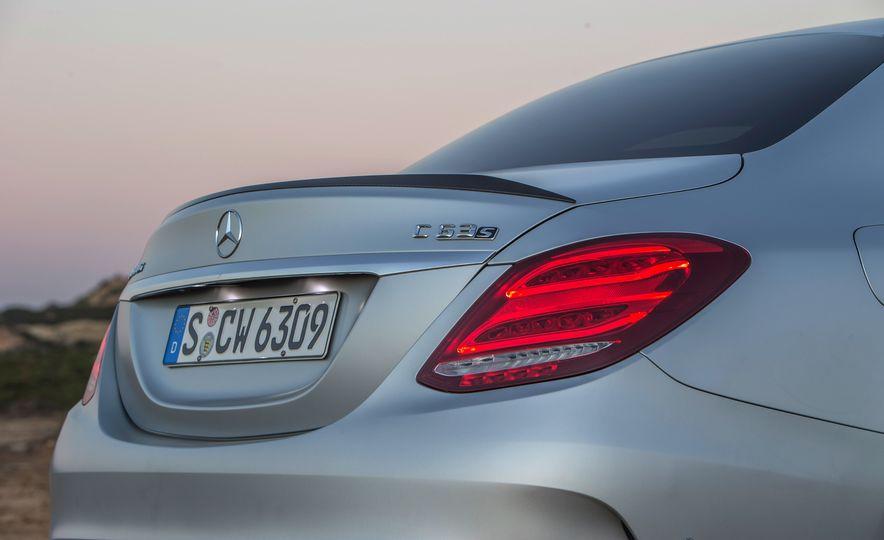 2015 Mercedes-AMG C63 - Slide 86