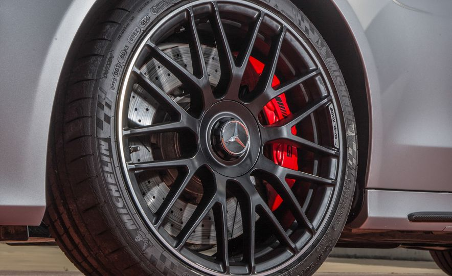 2015 Mercedes-AMG C63 - Slide 87