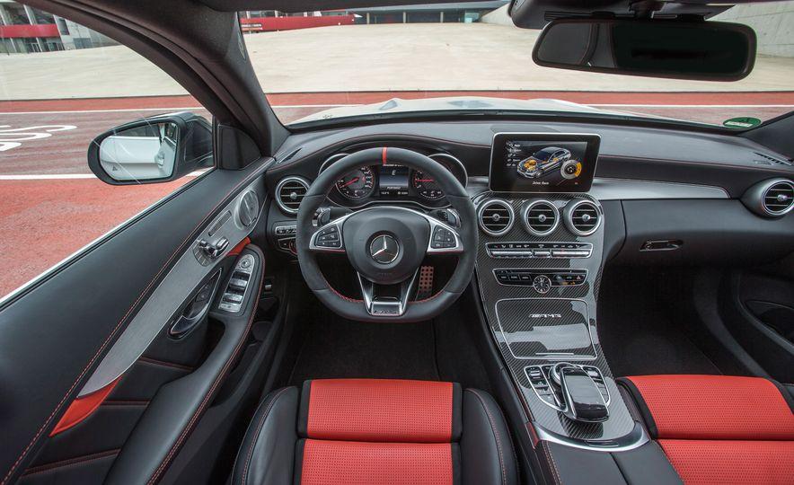 2015 Mercedes-AMG C63 - Slide 96