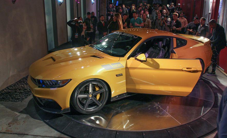 2015 Saleen Mustang S302 Black Label - Slide 1