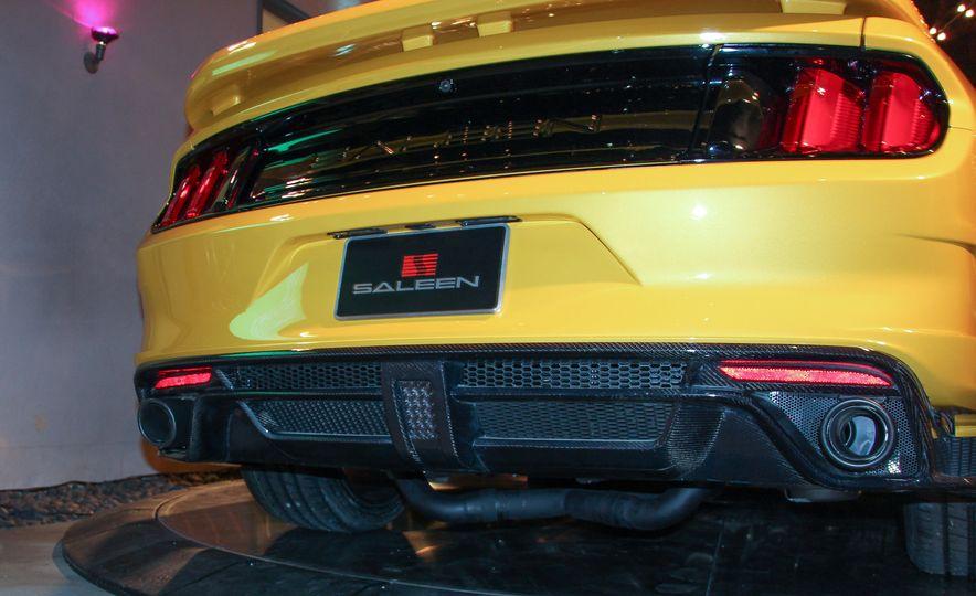 2015 Saleen Mustang S302 Black Label - Slide 17
