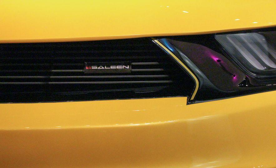 2015 Saleen Mustang S302 Black Label - Slide 20