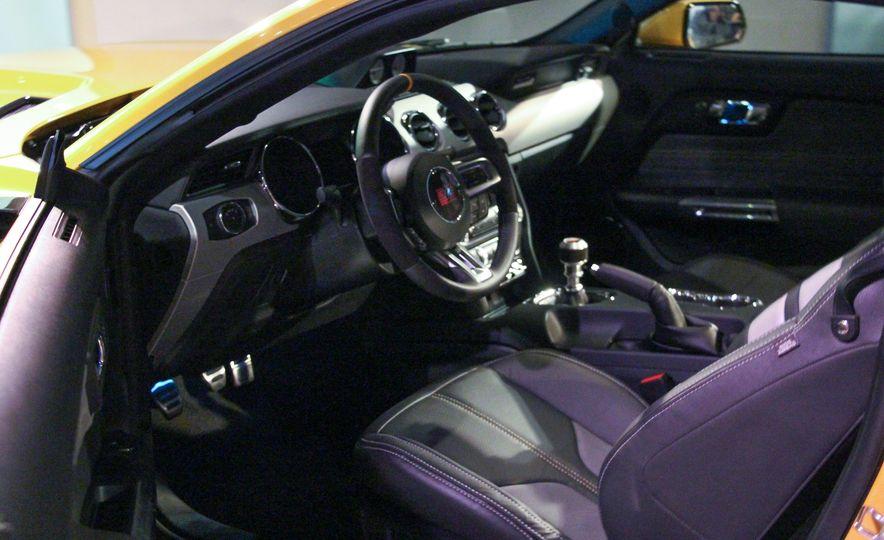 2015 Saleen Mustang S302 Black Label - Slide 27