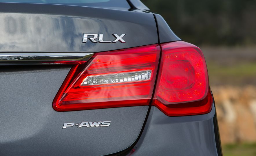 2016 Acura RLX - Slide 13