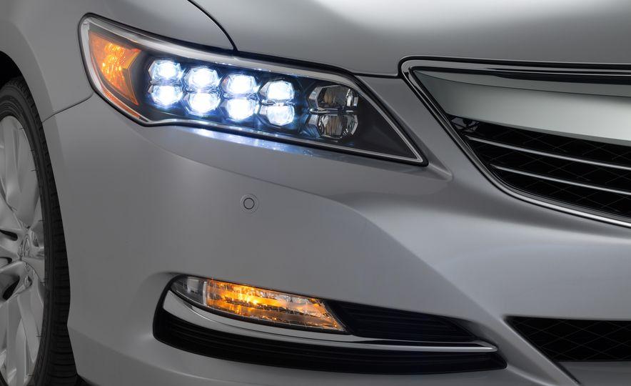 2016 Acura RLX - Slide 19