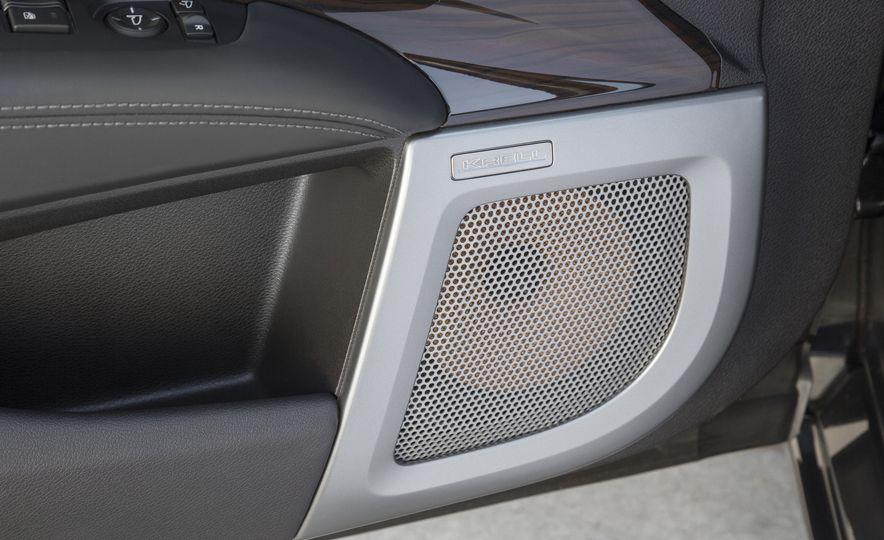 2016 Acura RLX - Slide 38