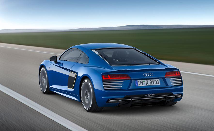2016 Audi R8 e-tron - Slide 19
