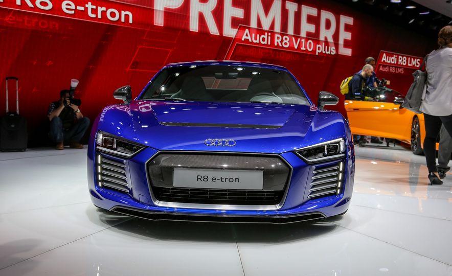 2016 Audi R8 e-tron - Slide 3