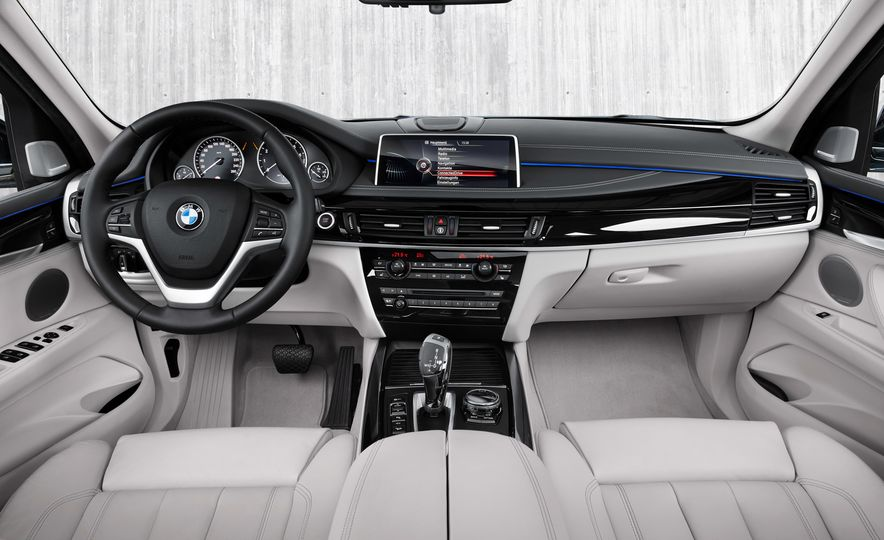2016 BMW 340i Sport Line sedan - Slide 34