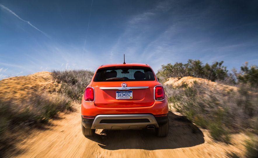 2016 Fiat 500X Trekking Plus and Lounge - Slide 81