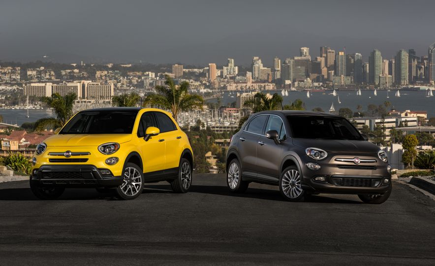 2016 Fiat 500X Trekking Plus and Lounge - Slide 1