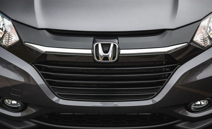2016 Honda HR-V - Slide 15
