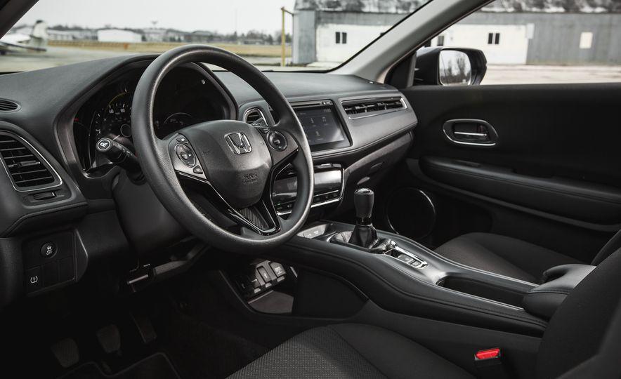 2016 Honda HR-V - Slide 26