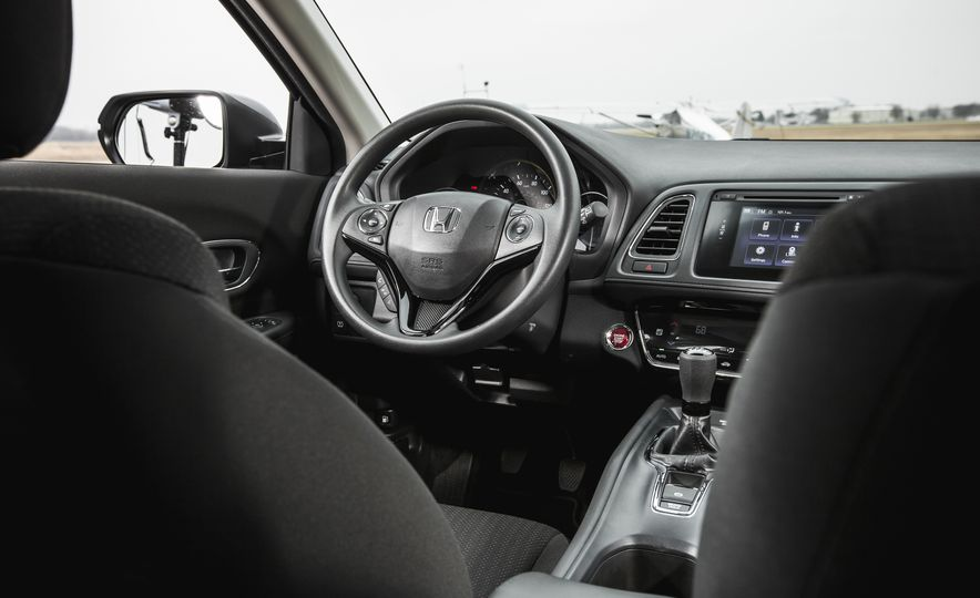 2016 Honda HR-V - Slide 31