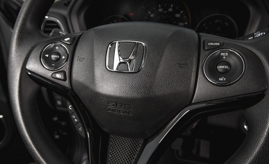 2016 Honda HR-V - Slide 37