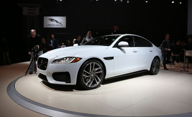 2016 Jaguar XF: Lighter in Weight and Heavier on Tech – Official Photos and Info
