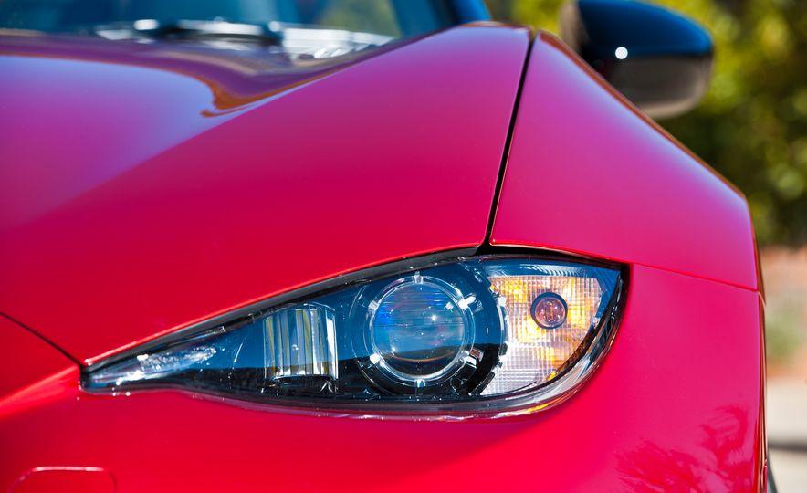 2016 Mazda MX-5 Miata (Euro-spec) - Slide 32