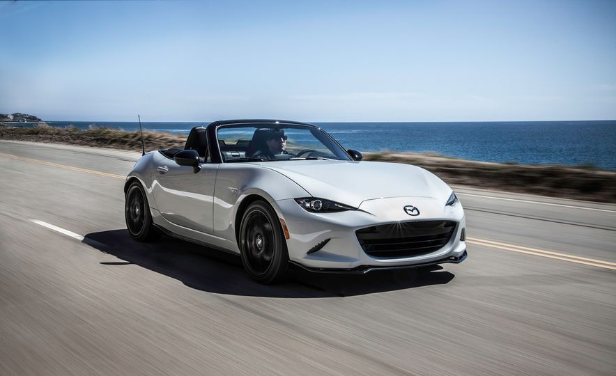 2016 Mazda MX-5 Miata Club - Slide 15