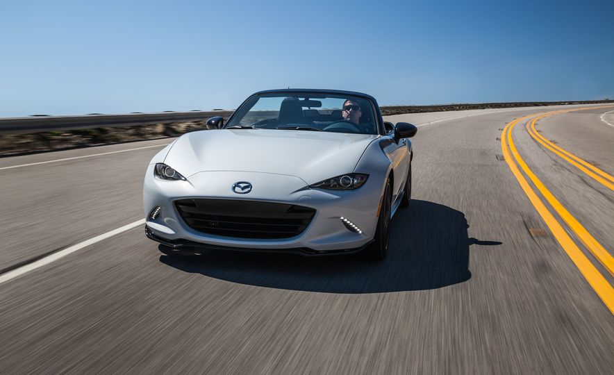 2016 Mazda MX-5 Miata Club - Slide 16