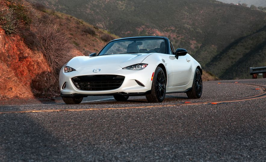 2016 Mazda MX-5 Miata Club - Slide 21