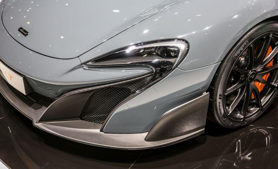 2016 McLaren 675LT - Slide 19