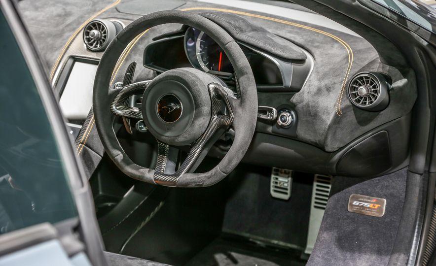 2016 McLaren 675LT - Slide 45
