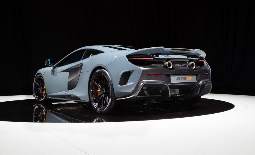 2016 McLaren 675LT - Slide 50