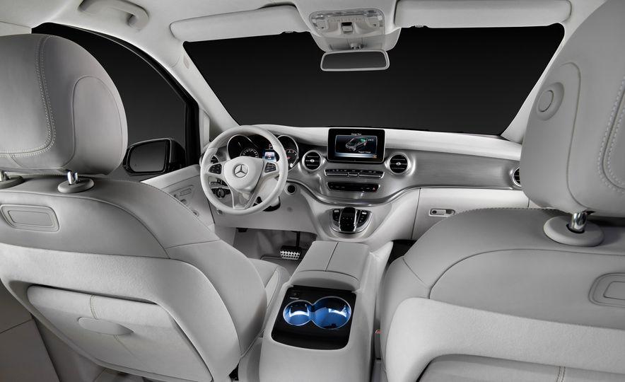 2016 Mercedes-Benz Concept V-ision e - Slide 8
