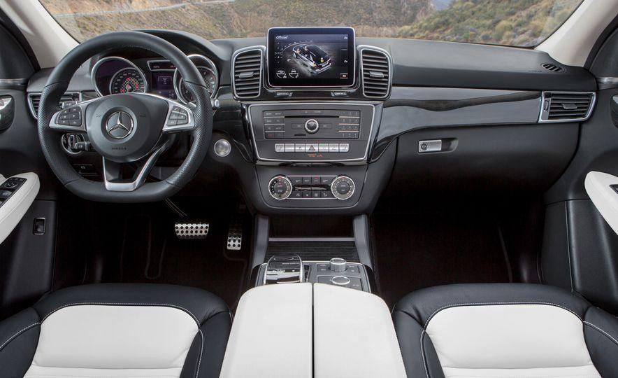 2016 Mercedes-AMG GLE63 S-Model - Slide 40