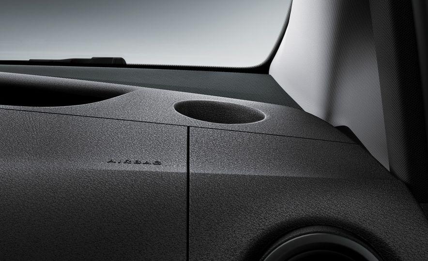 2016 Mercedes-Benz Metris - Slide 60