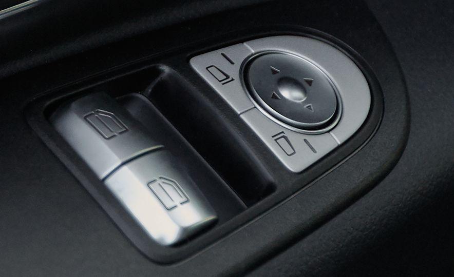 2016 Mercedes-Benz Metris - Slide 61