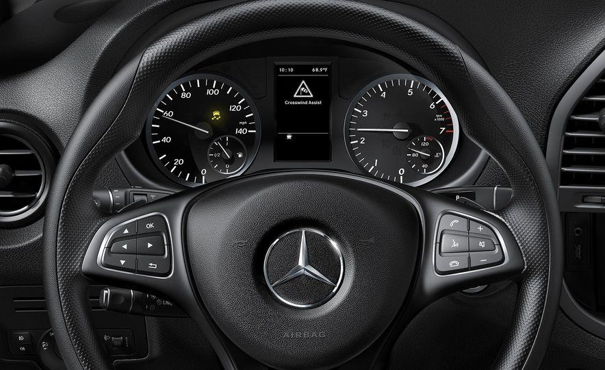 2016 Mercedes-Benz Metris - Slide 62