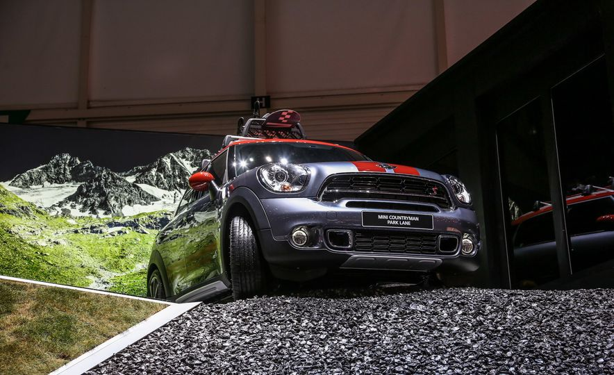 2016 Mini Cooper Countryman Park Lane - Slide 6