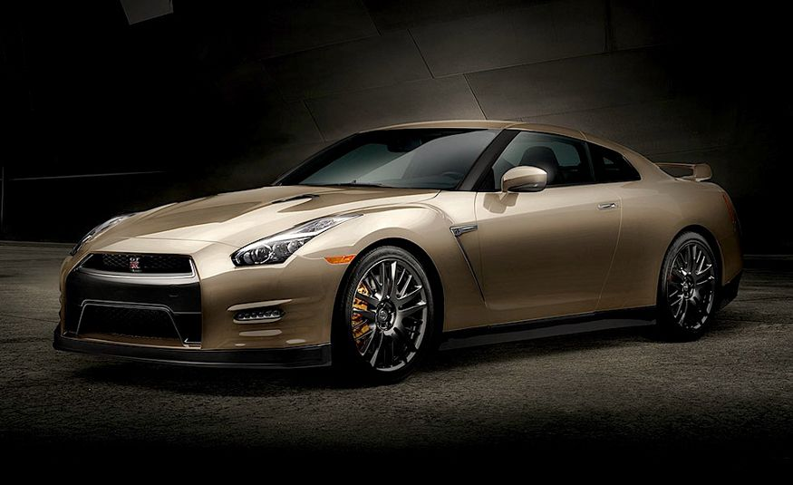 2016 Nissan GT-R 45th Anniversary Gold Edition - Slide 20