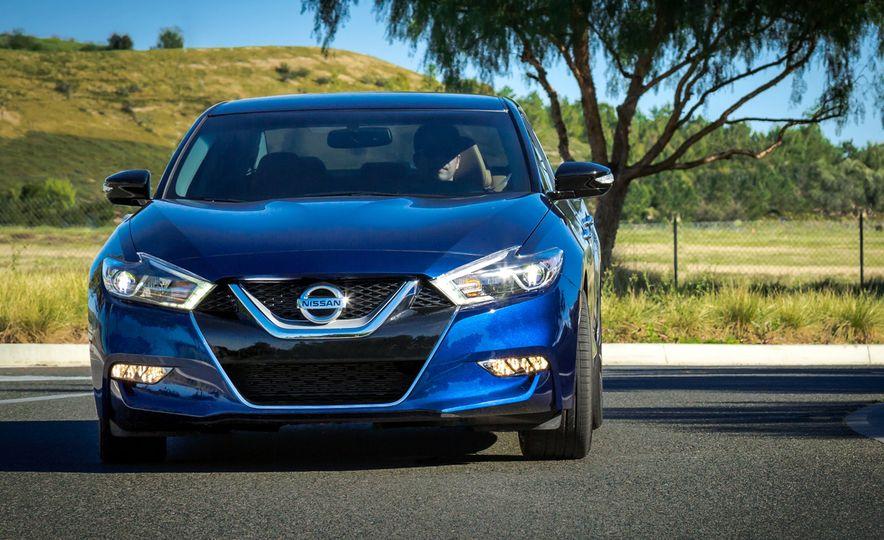 2016 Nissan Maxima - Slide 9