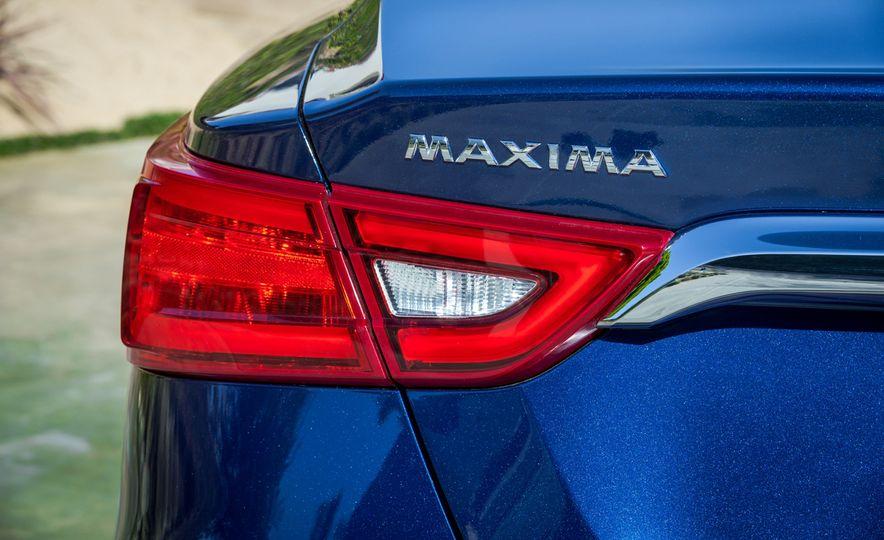 2016 Nissan Maxima - Slide 39