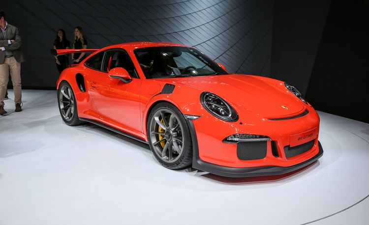2016 Porsche 911 GT3 RS: Naturally Aspirated, Nurburgring Honed – Official Photos and Info