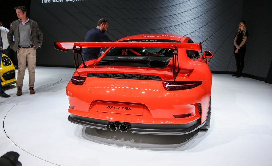 2016 Porsche 911 GT3 RS - Slide 10