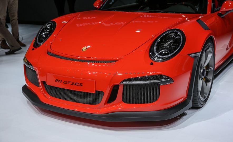 2016 Porsche 911 GT3 RS - Slide 15