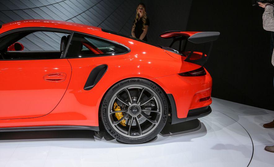2016 Porsche 911 GT3 RS - Slide 16