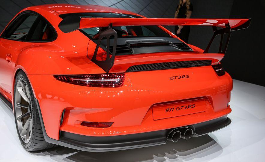 2016 Porsche 911 GT3 RS - Slide 18