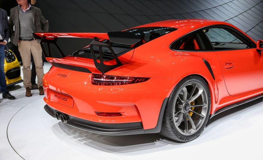2016 Porsche 911 GT3 RS - Slide 22