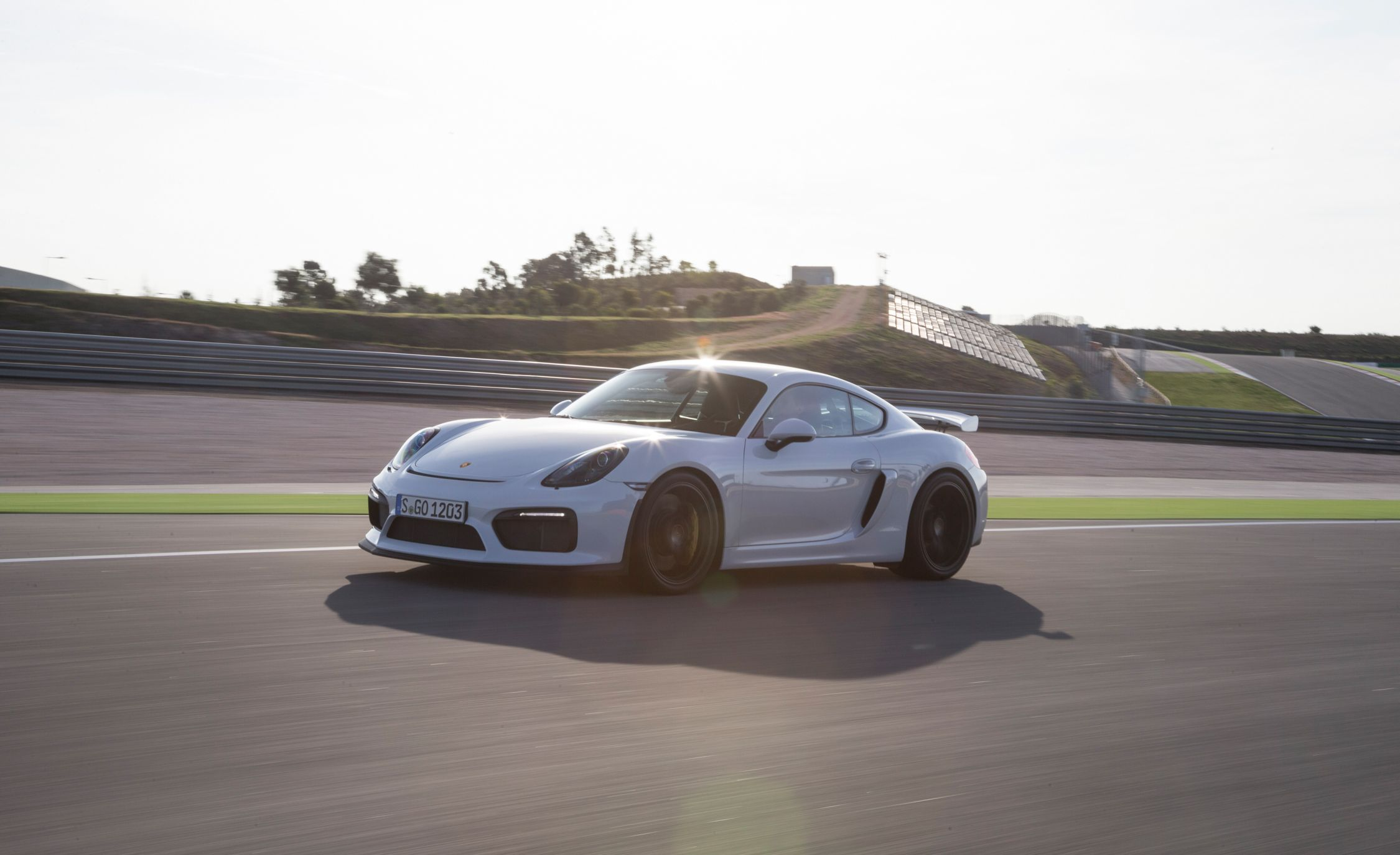 2016 porsche cayman gt4 pictures | photo gallery | car and driver