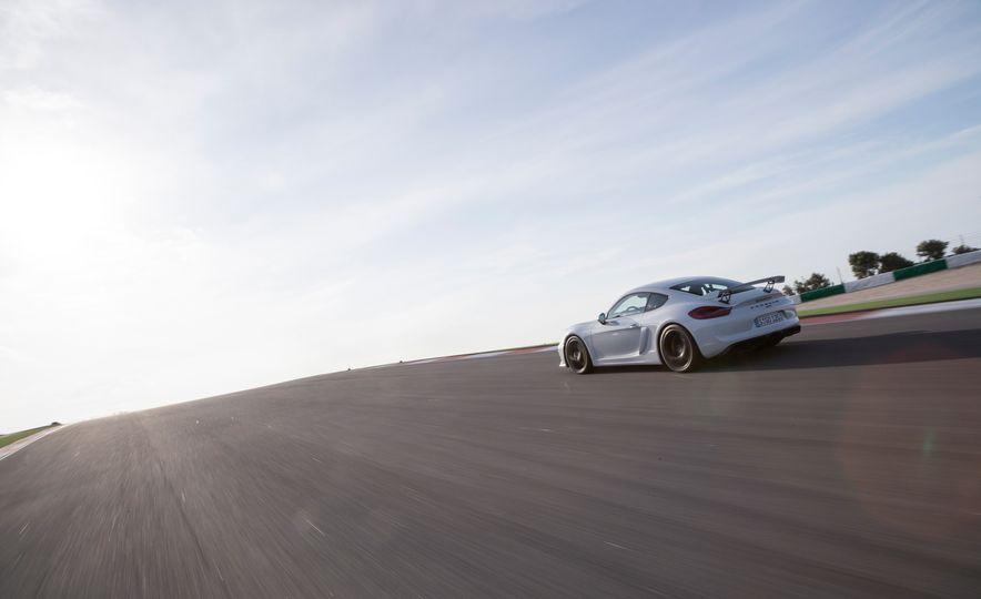 2016 Porsche Cayman GT4 - Slide 14